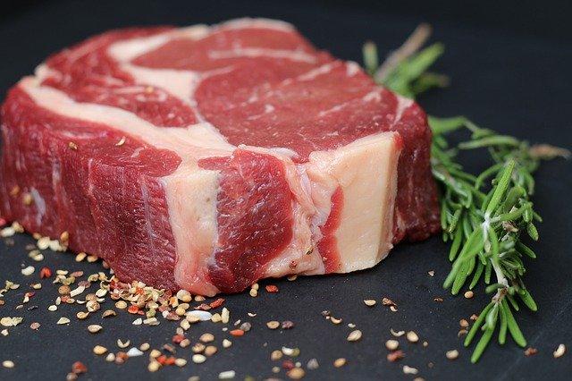 b12 mięso