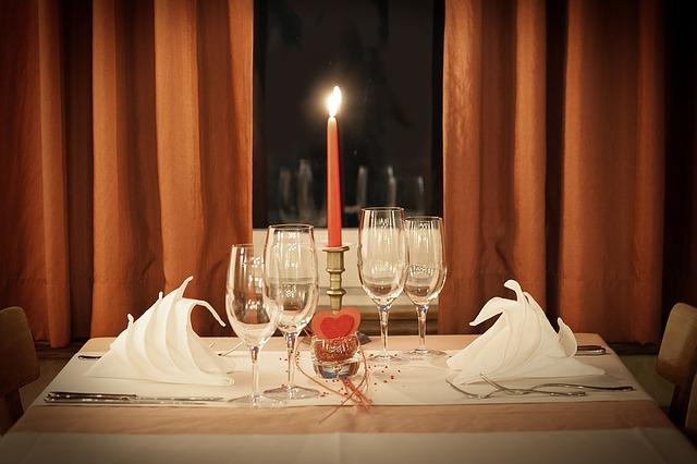 kolacja stół