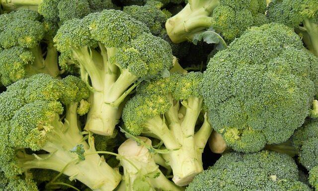 Ile czasu gotować brokuły 3